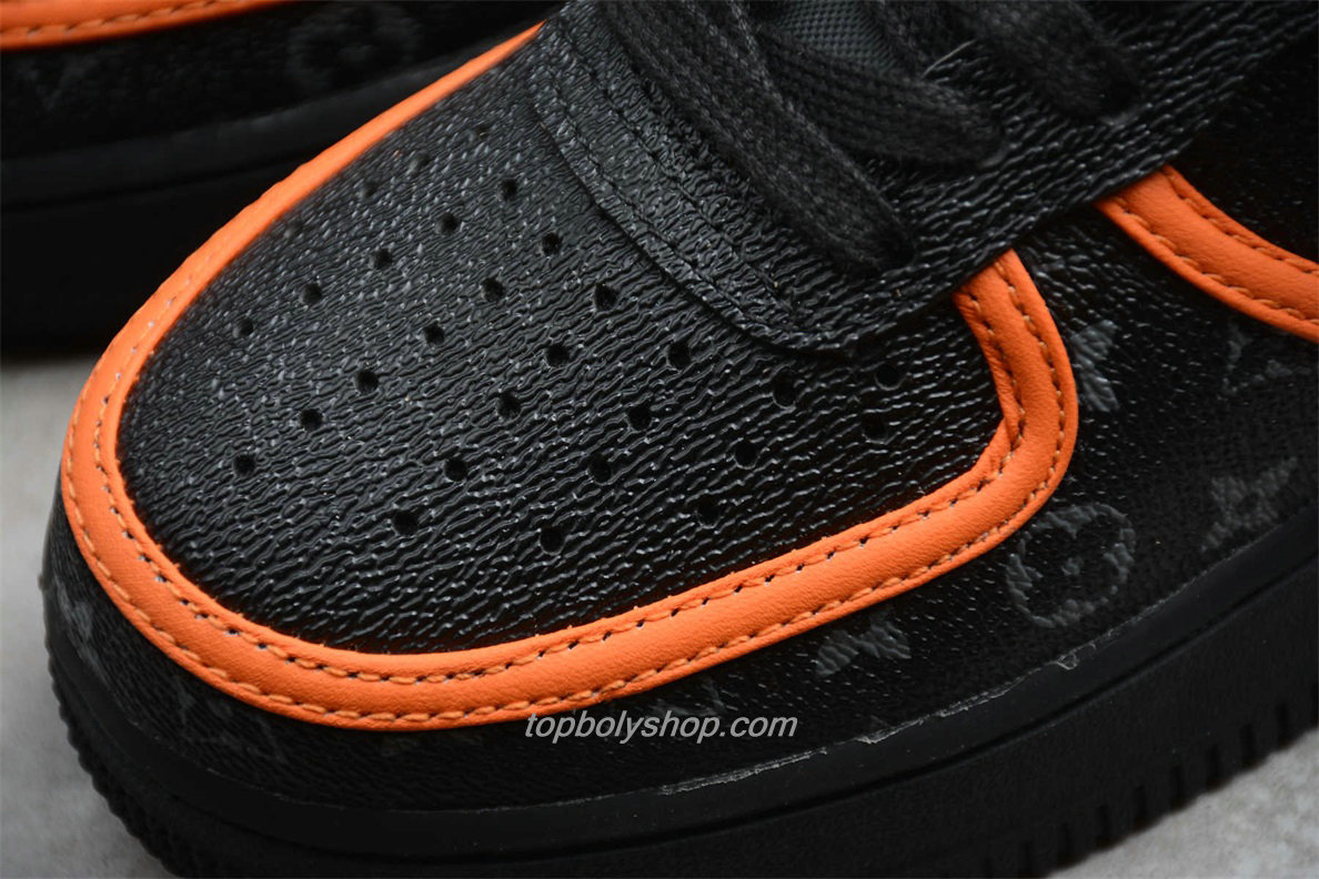 Nike Air Force 1 Low 07 SE AQ4211 100 Zwart / Oranje Schoenen