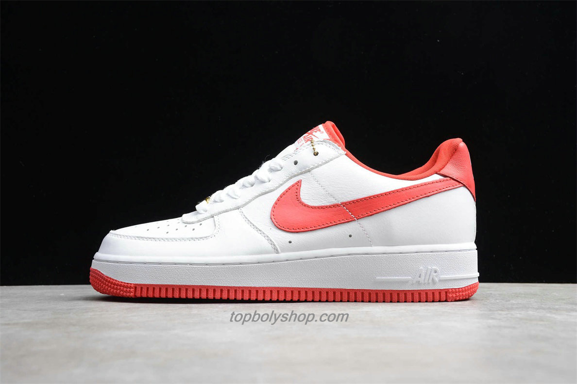 Nike Air Force 1 Low RETRO CT16 QS AQ5107 100 Wit / Rood Schoenen