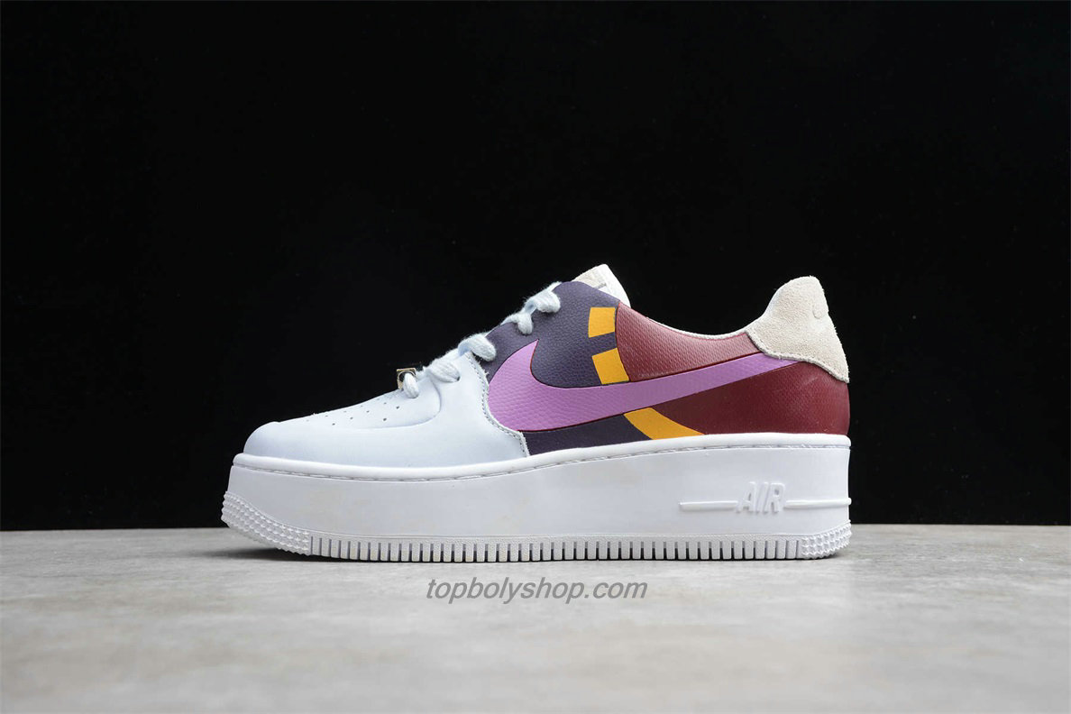 Nike Air Force 1 Sage Low LX Platform BV1976 003 Dames Wit / Purper / Bordeaux Schoenen